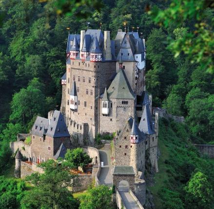 Burg Eltz - Gräfl. Eltz'sche Kastellane