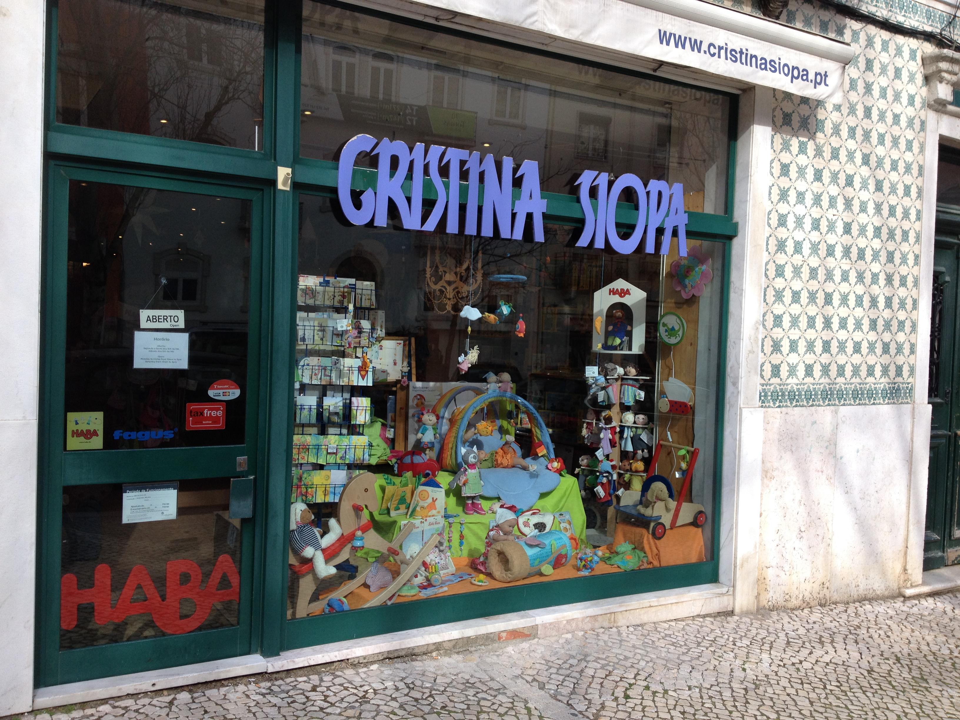 Cristina Siopa, LDA - Brinquedos e Mobil